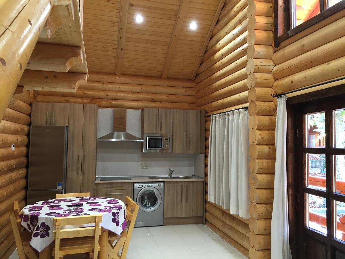 Alquiler de bungalows y casas de madera en jaca pirineos - Fotos de bungalows de madera ...